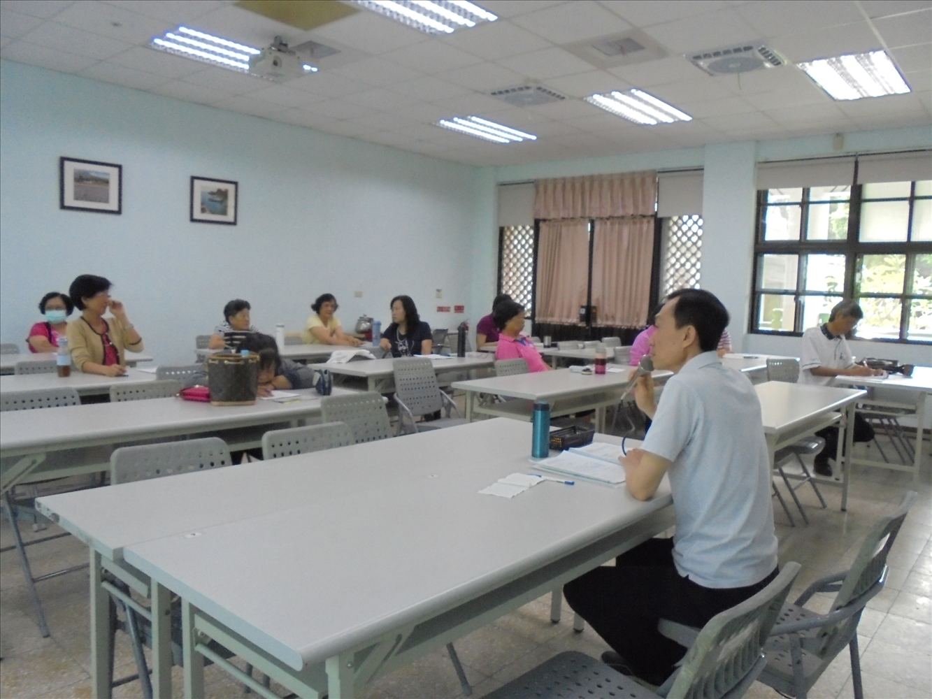 高雄市鳳山老人活動中心105年10月份志工月會