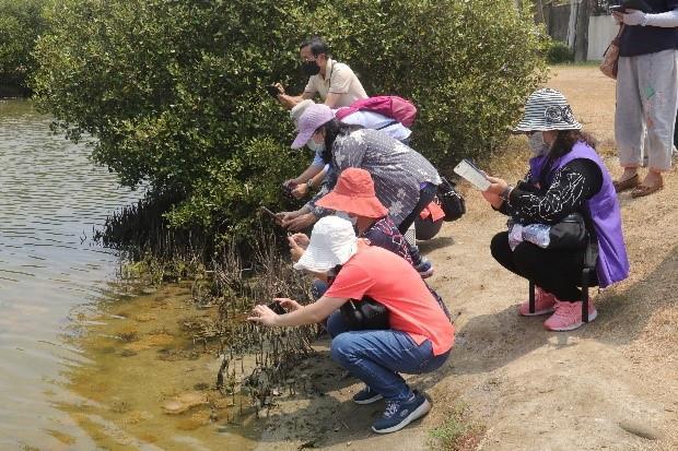 小港區婦參小組率社區居民前往林園進行學習參訪之旅!
