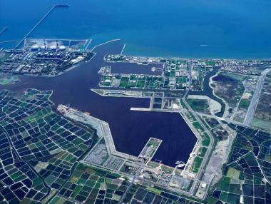 興達漁港遠洋泊區轉型在望