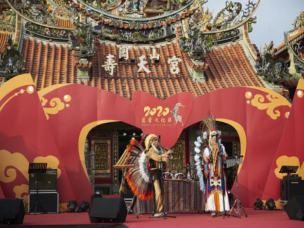 印地安樂團表演