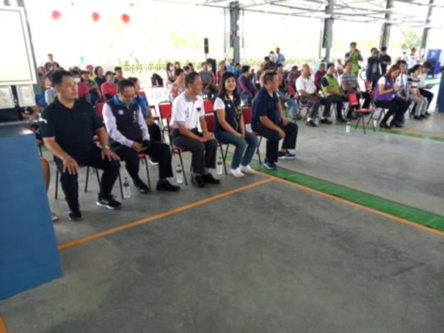 區長、邱立委及各位議員蒞臨岡山果菜市場開幕儀式會場
