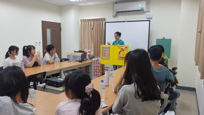 108年7月17日高雄市立小港醫院暑假青少年醫學營參訪衛生所