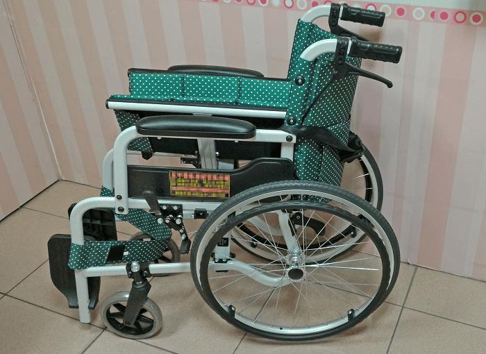 愛心輪椅圖片