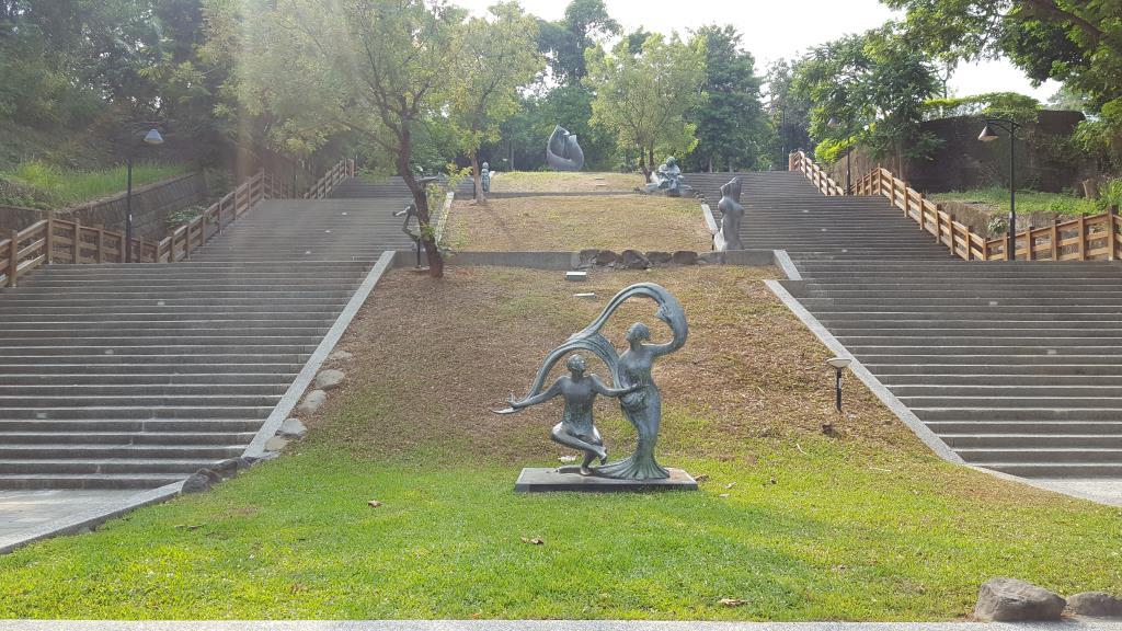 鼓山公園石階步道照片