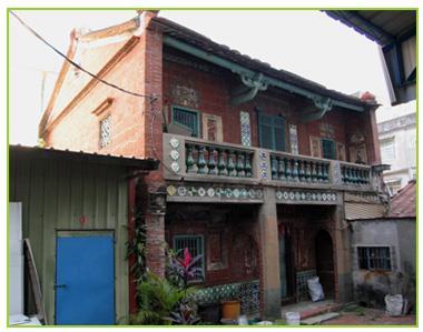 二層樓的許厝,是大社望族許山益(山益為業號)故居。