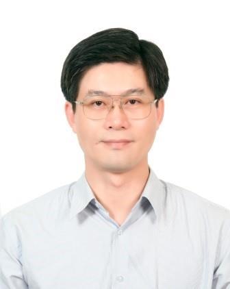 第四任區長李堂賓先生照片