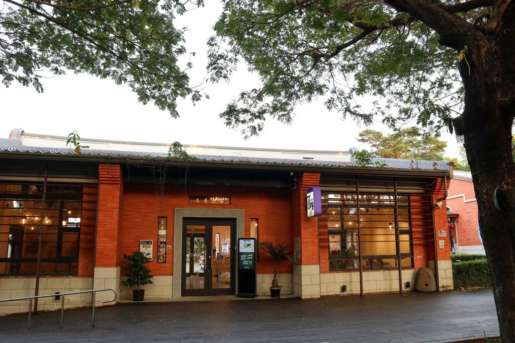 新客家文化園區展售中心1
