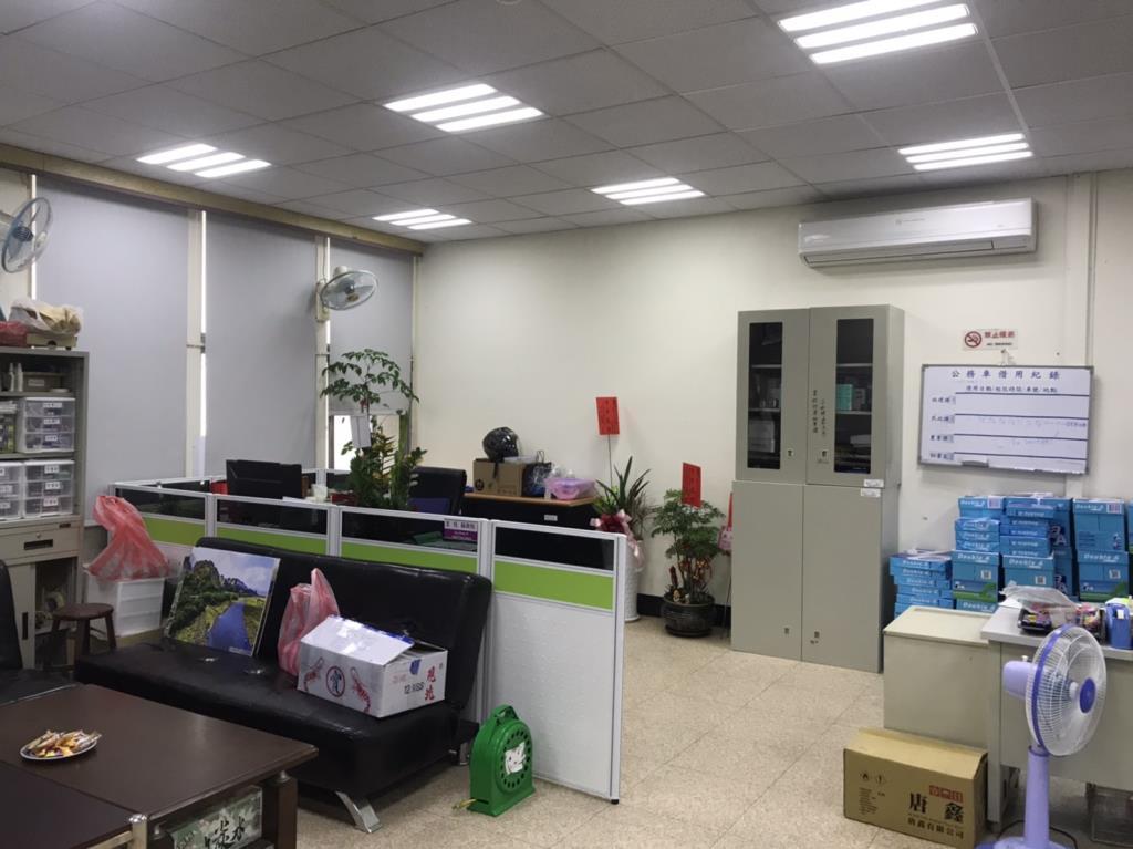 秘書室(二樓)