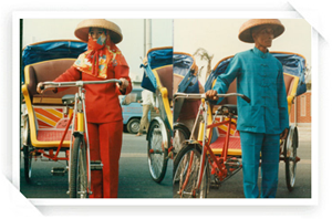 近代男女裝扮三輪車