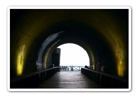 白天的星空隧道(靠海邊處)