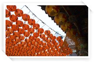 天后宮前的廣場燈籠